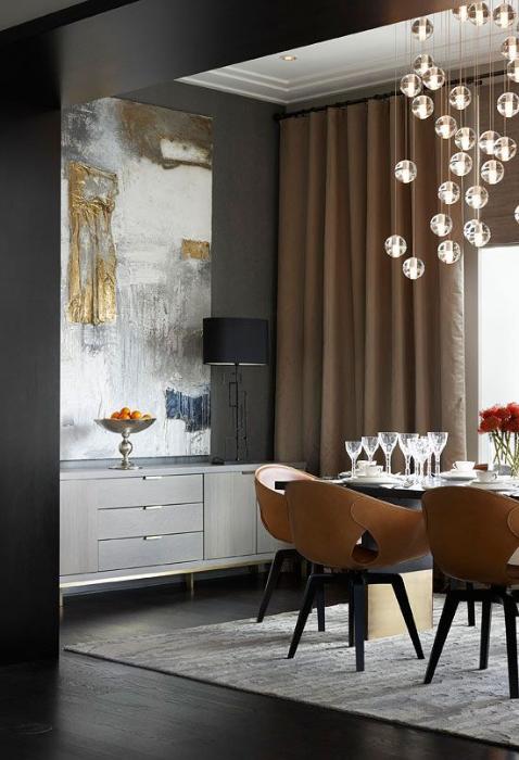 Trad Home Showcase Apartment